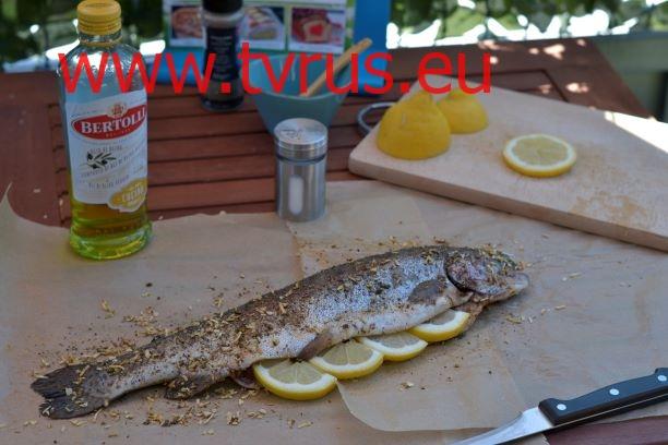 рыба, фаршированная лимоном