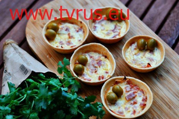 тарталетки с ветчиной и сыром